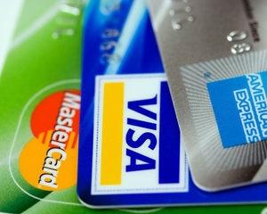 Credit card tips for traveling abroad